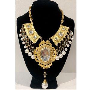 Authentic Hattie Carnegie statement necklace